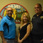 Foto oficial junto al logo de FREMS: Efrain Mercado, Michelle Portela y José Nieves